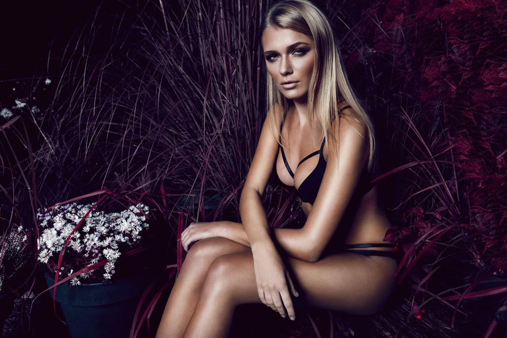Fotograf: Nico Socha Model: Julia Z. H&M: Erika S.