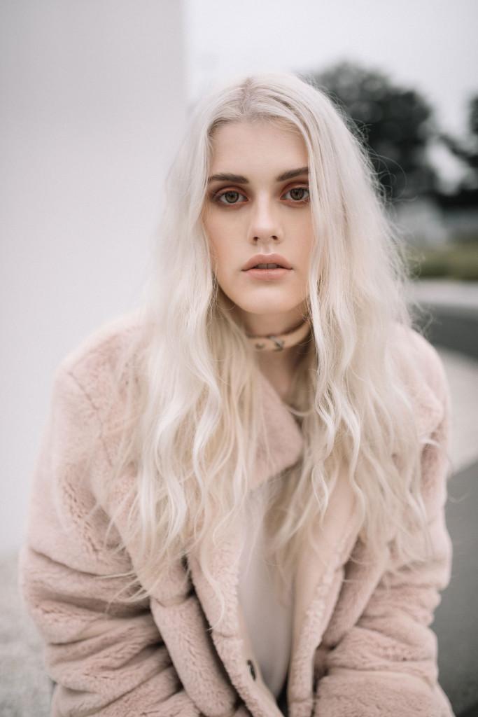 Photographer: Nicola Rehbein // Model: Alina Leester // Hair & Makeup: Michelle Mantey